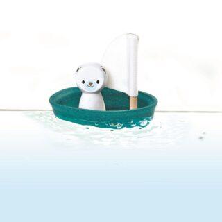 Plachetnice s ledním medvědem